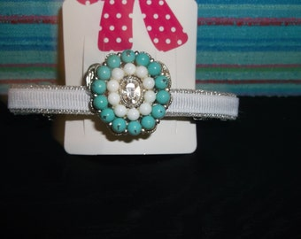 Beautiful Hair Clip has just the right amount of Bling!