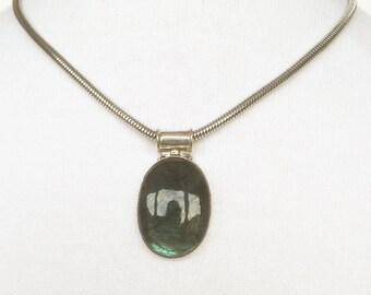 Stainless steel 925 sterling silver labradorite necklace, necklace with sterling silver labradorite Pendant