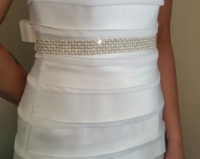 Rhinestone Wedding Belt – Bridal Sash with Rhinestones and Pearls in Silver Setting