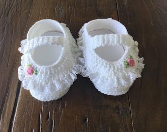 Crochet slipper with Rococo