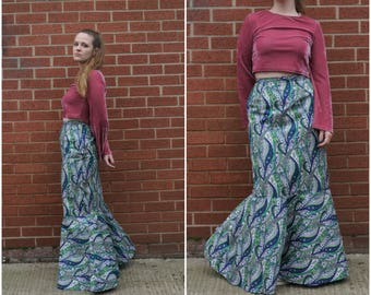 1970's Size S blue, green and pink paisley long maxi skirt with fishtail hem