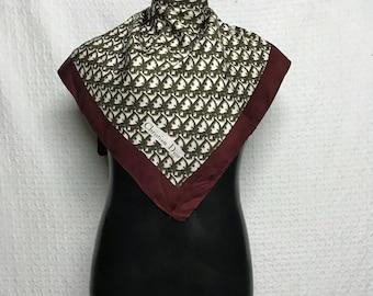 Christian Dior silk scarf foulard echarpe carre nice design /hermes/chanel/gucci/lv/jimmy choo/luxury brand/baroque design/