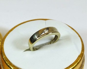 Gold Ring 333 with Crystal stone vintage old GR227