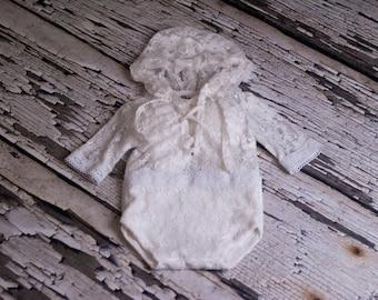 SALE, RTS, Hooded sitter romper, lace, romper, onesie, romper, vintage, baby girl, hood, white, angel wings, photo prop