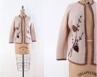 Novelty Sweater - Vintage Brown Cardigan - Pine Cones  1960s 1970s Size Medium - Knit Sweater Kitsch Winter Fashion Cold Weather