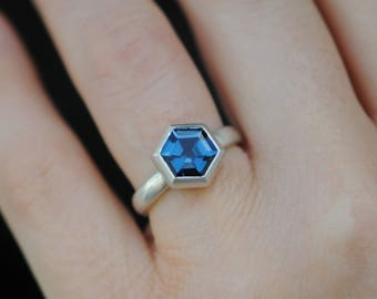 Hexagonal Blue Topaz Ring -  Hexagonal Engagement Ring - London Blue Topaz Ring - Hexagonal Ring - Hexagonal Blue Gemstone Ring