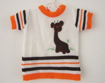 Vintage knitted t-shirt with giraffe 62