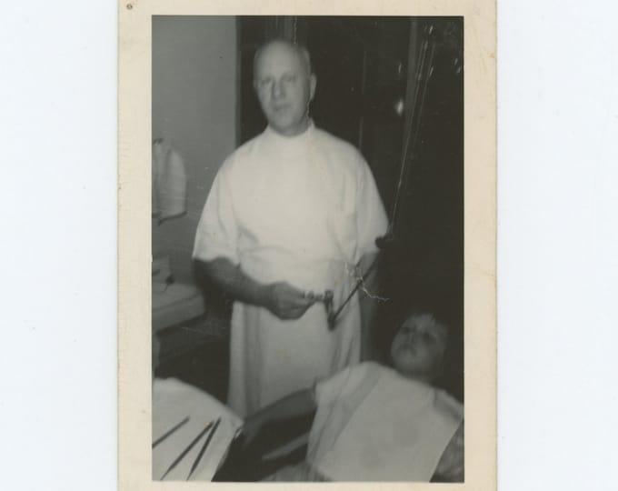 Vintage Snapshot Photo: Dentist (611521)