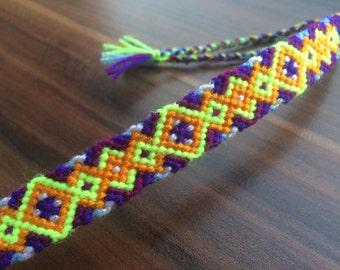 Friendship Bracelet.woven.Irish Knot.Braided bracelet.Friendship jewelry.Handmade.Native.Patern.Celtic.Mother.Best friend endless love.Girl.