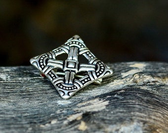 Rhomb shaped Viking brooch - [07 Br Raute/N1 B-3]