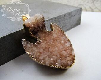 Peach Champagne Sugar Druzy Arrow Pendant in Gold Plated Setting, dyed peach gemstone focal, druzy pendant, druzy focal - reynaredsupplies