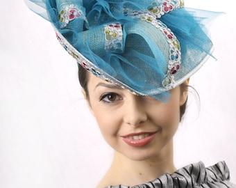 Turquoase headpiece, Derby fascinator headpiece, Kentucky derby Fascinator, Azure Ascot hat, Tea party hat, Wedding guest hat