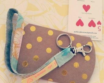 Floral wrist strap key chain