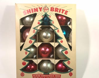 Vintage Lot 12 Shiny Brite Pink/Silver Glass Christmas Ornaments Balls in Box