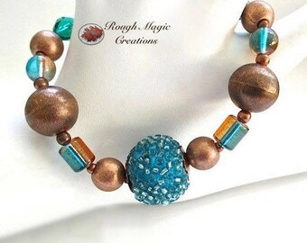 Turquoise Blue Copper Bracelet, Boho Jewelry, Chunky Beaded Bracelet for Her, Eclectic Glass Beads, Cu Toggle Clasp, Gift for Women B249