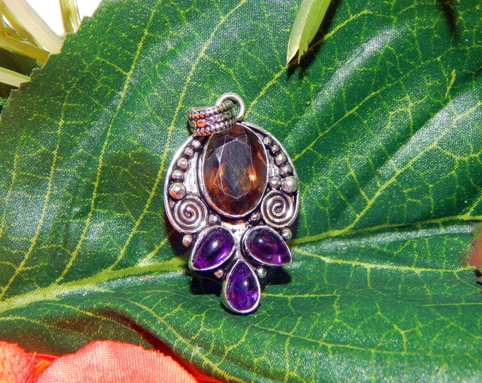 Devata of HECATE inspired vessel - Handcrafted Amethyst Smoky Quartz pendant necklace