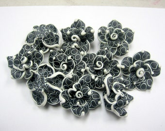 10 Fimo Polymer Clay Black White Flower Fimo Beads 25mm