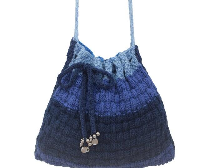 Knitting Pattern for a shoulder bag, Knitting Bag pattern, Handmade Tote Bag, Handbag knitting pattern, Self-striping Aran yarn