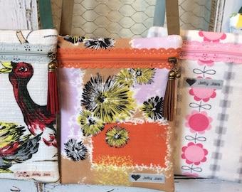 Vintage barkcloth fabric festi bag purse - patchy flowers