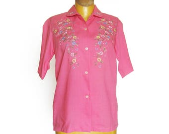 1960s Vintage Bubblegum Pink Short Sleeve Blouse with Embroidered Yoke and Collar / Floral Embroidery / Summer Top/ Rockabilly Style / Small