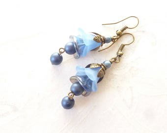 Earrings ' Pearl flowers all in blue '