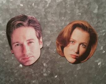 X Files - Scully and Mulder Magnets