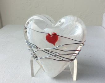 Glass heart and vine heart paperweight
