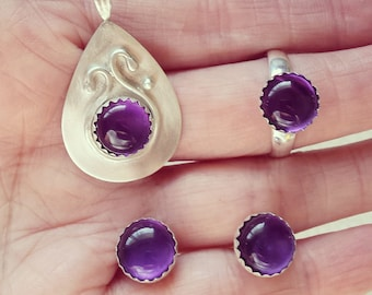 Swan Song Amethyst Set