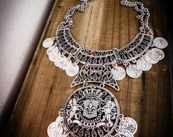 Harry Potter ♰Poudlard♰ silver shield necklace