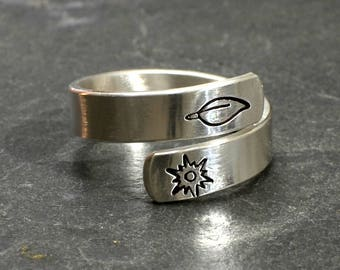 Namaste Yoga Wrap Ring in 925 Sterling Silver - Bypass Ring RG289