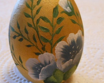 Hand Painted Wooden Egg Blue on gold