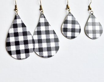 Black and White Gingham  Leather Earrings //  Buffalo Check // Leather Teardrop Earrings // Leafy Treetop Leather