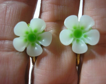 """Play Earring - Clip or Pierced - Hibiscus - Two Tone Flower - Tropical Flower - White/Green - 1/2"""""""