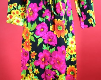 Flower Pattern Maxi Dress 1960's 1970's Boutique of California