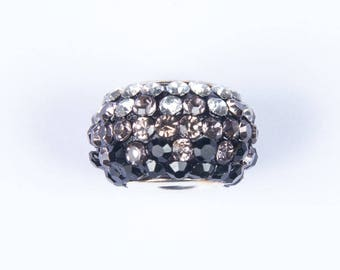 2 beads style European o15 with black/white shades crystals