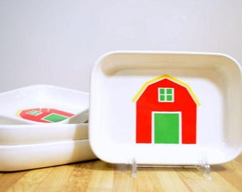 Vintage Pfaltzgraff Red Barn Primary Colors American Airline Snack Plate Dish: Set of 4