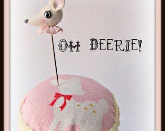 Oh Deerie White Deer Pin Topper