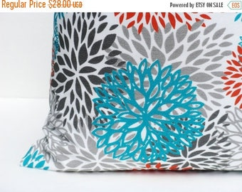 15% Off Sale Outdoor Euro Pillow  26x26 Pillow Cover. Throw Pillow cover. Blue Gray Pillow Cushion Cover Pillow Home DecorPrinted Fabric bot