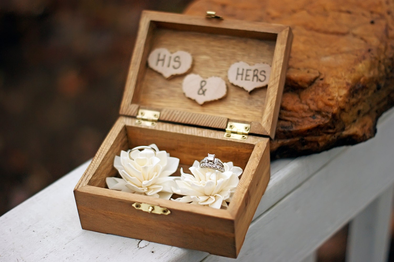 Wedding ring box wedding ring holder ring bearer box zoom junglespirit Image collections