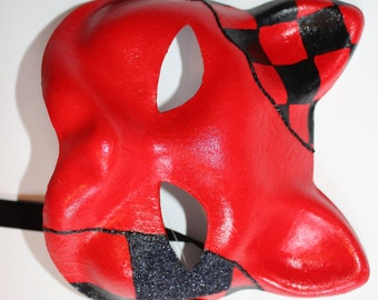 Cat Mask red with black squares