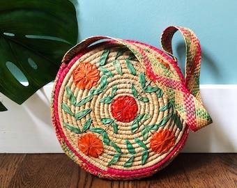 70s Floral straw bag / Rounded bag / Vintage Purse/ Boho bag / Bohemian