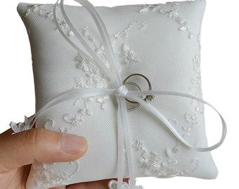 White Satin Lace Wedding Ring Pillow, Wedding Ring Bearer, Elegant & Vintage Design 5.1 X 5.1 Inch or 7.9 x 6.3 Inch