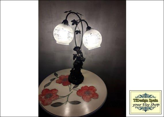 Lámpara Art Nouveau, Lámpara Art Nouveau de mesa, Lámpara vintage comprar, Lámpara estilo Art Nouveau, lámpara de mesa Art Nouveau mujer