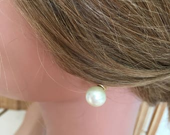 "Vintage 70's ""PEARL STUD LOOK"" in Clip On Earrings with Gold Toned Clasps"