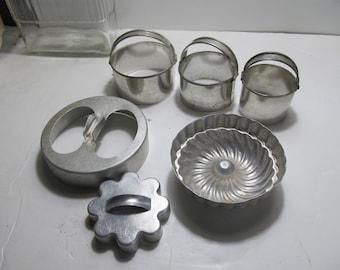 Vintage Cookie Cutters Donut Cutters Mini Bundt Pan Instant Collection Vintage aluminum Kitchen utensils Lot of antique cookie Cutters