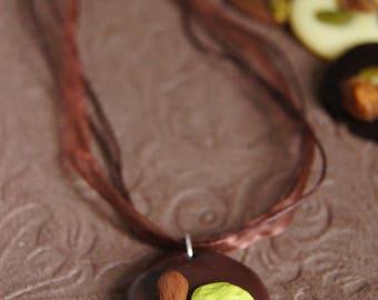 Necklace chocolate beggar