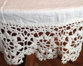 Marvelous Vintage Tablecloth with Wide Crochet Accent