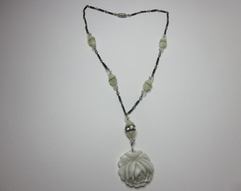 Vintage Art Deco Glass Bead Necklace
