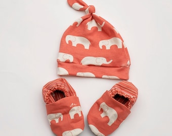 Coral Elephant Baby Girl Top Knot Hat and Matching Crib Shoes 0 3 6 12 18 month Coral Pink Elephant Organic Handmade Baby Shoes