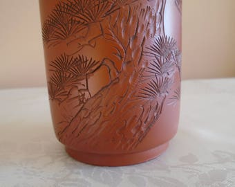 clay brush/pen pot oriental design